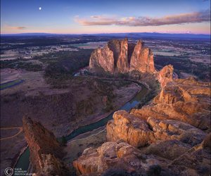 oregon and smith rock state park image
