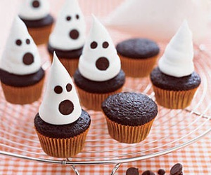 cupcake and ghost image
