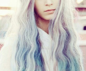 hair, pelo de colores, and pelo hermoso image