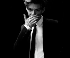 thomas sangster, black and white, and newt image