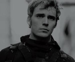 thg and finnick odair image