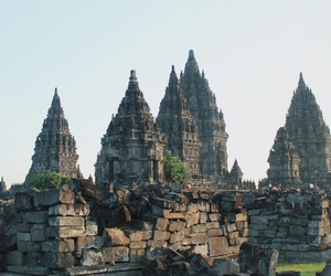 indonesia, sunset, and Temple image