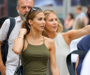 wags, ann-kathrin brommel, and ak vida image