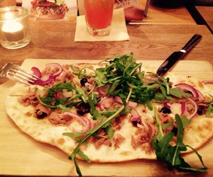 pizza, tonno, and flammkuchen image