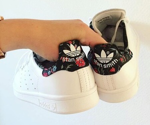 shoes and stan smith image