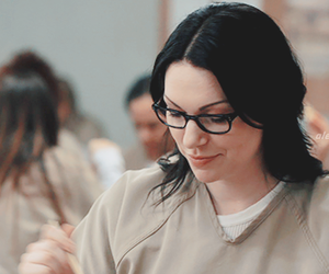 serie, laura prepon, and orange is the new black image