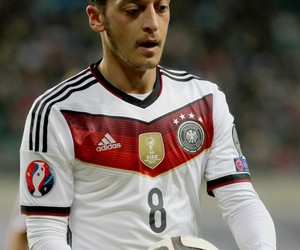 football, mesut oezil, and germany image