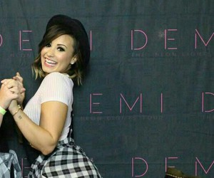demi, theneonlightstour, and pretty image