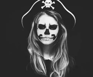 girl, pirate, and make up image