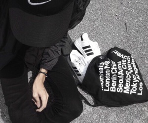 86a1e032d38 465 images about black   white aesthetic on We Heart It
