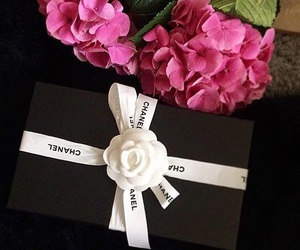 chanel, pink flowers, and chanel gift image