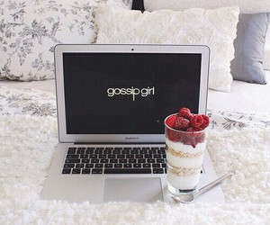 gossip girl, food, and bed image