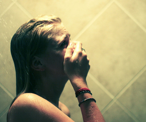 blonde, cry, and girl image