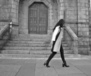 fashion, minimal, and ootd image