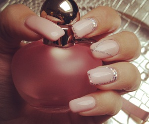nails, nudenails, and Nude image