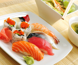 japan, japanese food, and sushi image