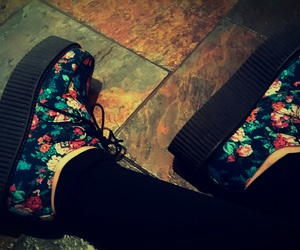creepers, floral, and platform image