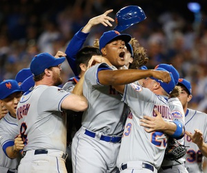 gomets, wewon, and beatthecubs image
