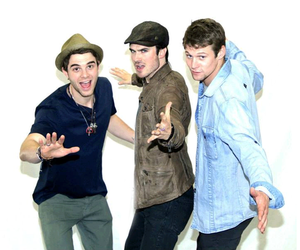ian somerhalder, the vampire diaries, and nathaniel buzolic image