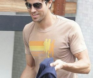 enrique iglesias, king, and dreamy boy image
