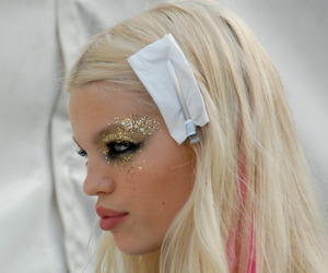 blonde, daphne groeneveld, and glitter image