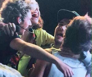 one direction hug, one direction, and otra image