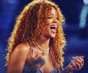 rihanna, Robyn, and the voice image