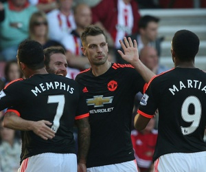 football, manchester united, and memphis depay image