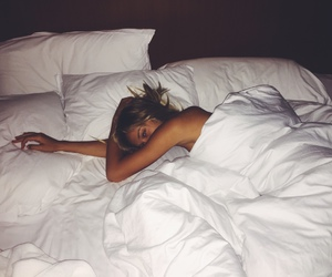 girl, bed, and alexis ren image