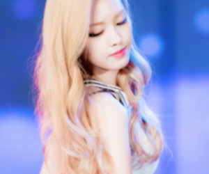 icons, a pink, and naeun image