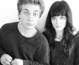 shameless, emma greenwell, and jeremy allen white image