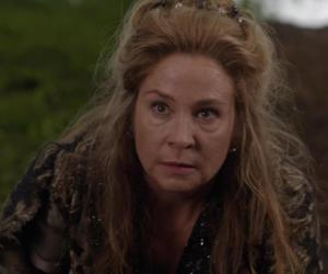 reign and reine catherine image
