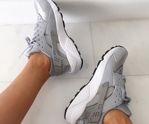 fashion, huarache, and shoes image