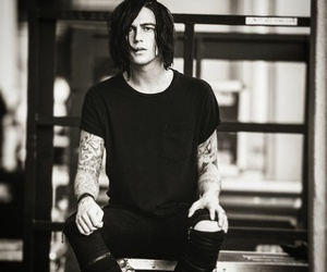 kellin quinn, sleeping with sirens, and sws image