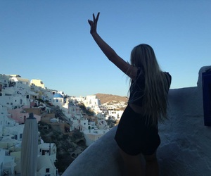 girl, love, and Greece image