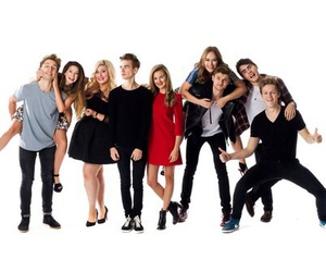 tanya burr, zoe sugg, and joe sugg image