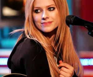 Avril Lavigne, Avril, and singer image