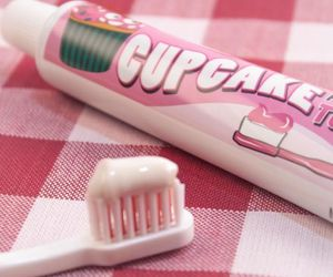 pink, cupcake, and toothpaste image