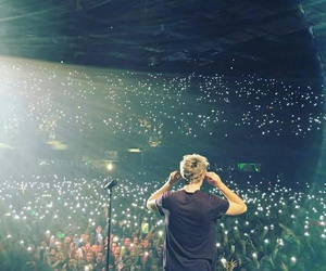 niall horan, one direction, and concert image