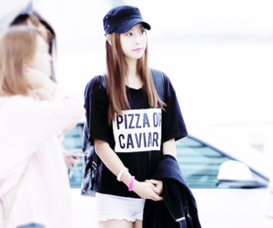 girl's day, fashion, and kpop image