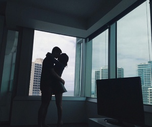 city, couple, and kiss image