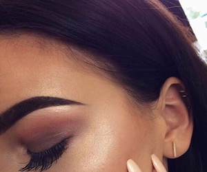 makeup, eyebrows, and beauty image