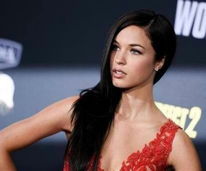 alexis knapp and pitch perfect image