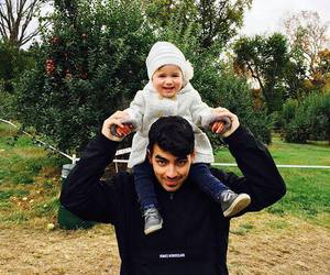 Joe Jonas, baby, and alena rose jonas image