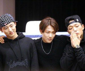 hanbin, donghyuk, and bobby image