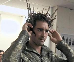behind the scenes and lee pace image