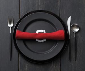 vampire and dinner image