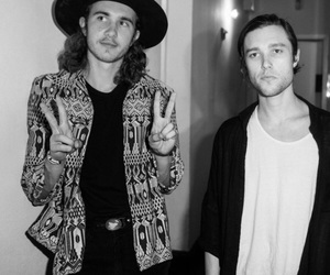 the neighbourhood, the nbhd, and zach abels image