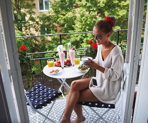 breakfast, fashion, and flowers image