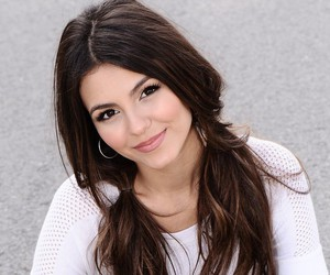 celebrity and victoria justice image